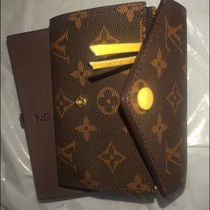 Louis Vuitton Small Tri fold Card Wallet